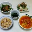れんこんの炒め物、冷奴、ほうれん草のおひたし、白いんげん豆のスープ、ホタテご飯、白いんげん豆のスープ