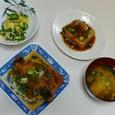 かれいのおろし煮、焼き厚揚げ、ピーマンと卵の炒め物、じゃがいもと万能葱の味噌汁