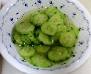 きゅうりのサラダ(北欧風)