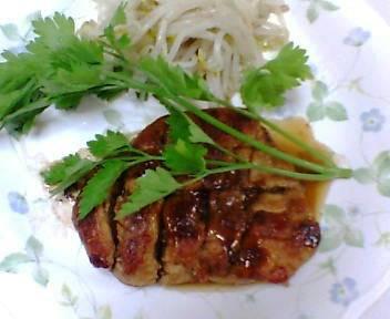 バルサミコ酢を使った鶏胸肉料理