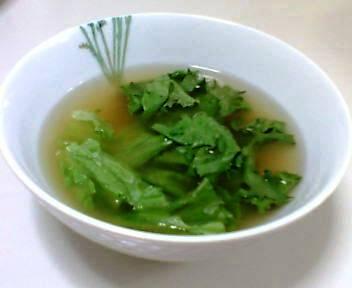 プリーツレタススープ