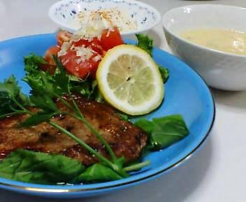 ポークソテーバルサミコ酢風味 、冷奴、卵とチーズのスープ