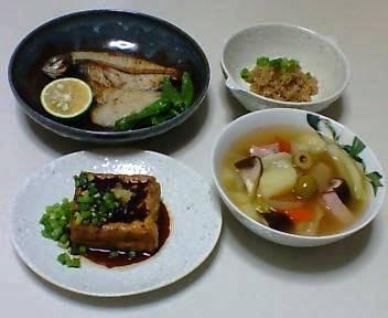 あめたの干物、しらたきのたらこあえ、焼き厚揚げ、実沢山のスープ