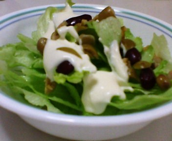 レタスとビーンズのサラダ