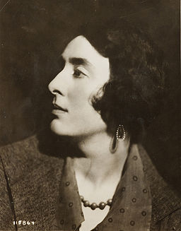Vita_sackvillewest_1926