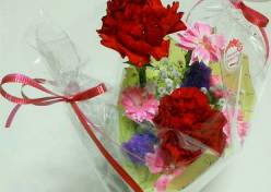 母の日に可憐な花